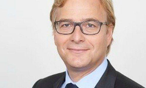 J P  Morgan: Swiss Private Bank on Growth Path