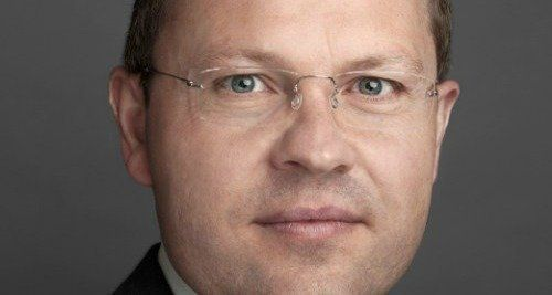 Veteran German banker to become head of UBS wealth management