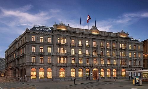 Credit Suisse erhebt Negativzinsen