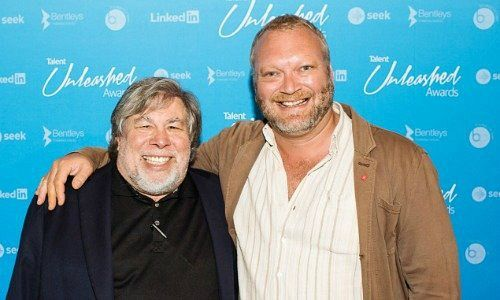 Apple-Founder Steve Wozniak and Neal Cross, Chef of DBS 9883f3773fe8654fcc671a0678e79c98_w500_h300_cp