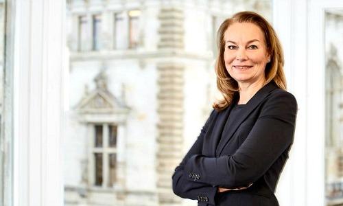Finad-expandiert-mit-UBS-Beraterin-in-Hamburg